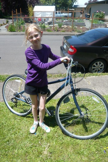11_SophieWithNewBike